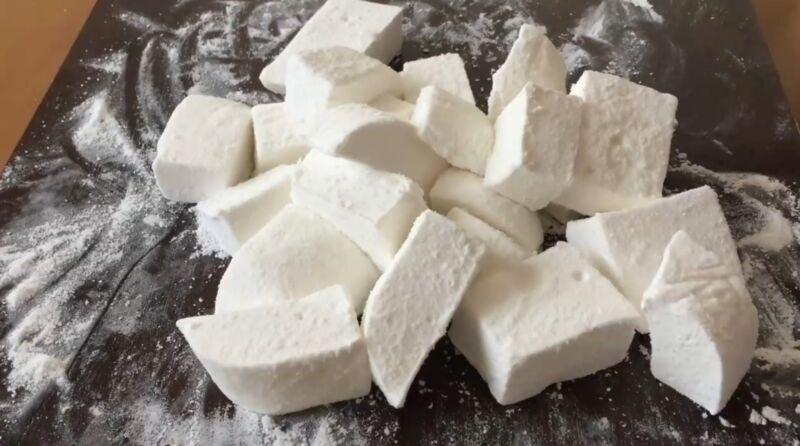 Маршмеллоу в домашних условиях — самый простой рецепт зефира